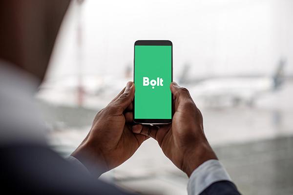 Bolt face o nouă mutare în România. Platforma de transport lansează serviciul de închiriere de trotinete electrice