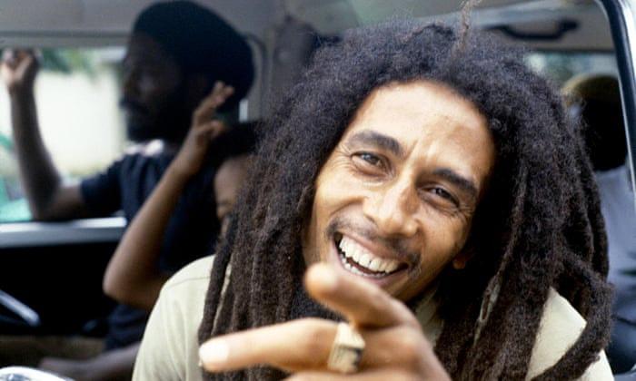 Bob Marley a fost un artist care s-a dedicat atât muzicii, cât şi fotbalului