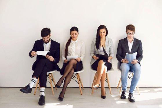 S-a înregistrat o scădere de 23% în trimestrul trei, pentru joburile în management