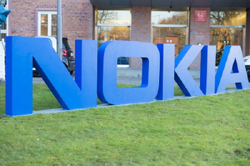 Nokia a lansat un sistem ingenios prin care verifică temperatura angajaţilor şi dacă aceştia poartă mască
