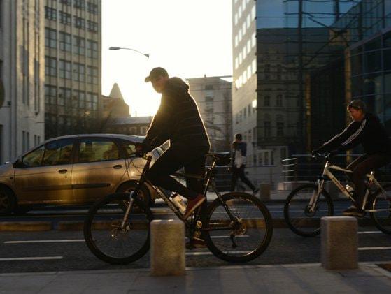 Rastelurile pentru biciclete devin obligatorii. Parlamentul a adoptat o lege în acest sens