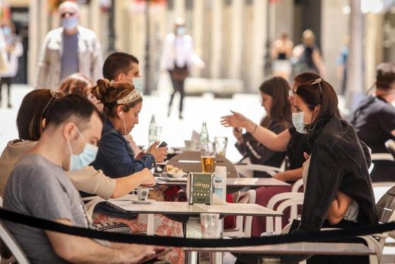 Restaurantele ar urma să se redeschidă în 9 iulie