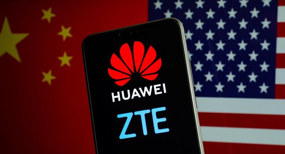 Suedia interzice utilizarea echipamentelor Huawei şi ZTE în segmente esenţiale ale reţelei 5G