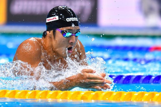 Suspendarea-i o amantă crudă. Ce sancţiune a primit un înotător din Japonia pentru infidelitate