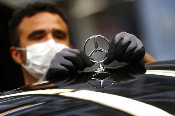 Daimler AG va plăti 1,5 miliarde de dolari în Statele Unite pentru falsificarea emisiilor