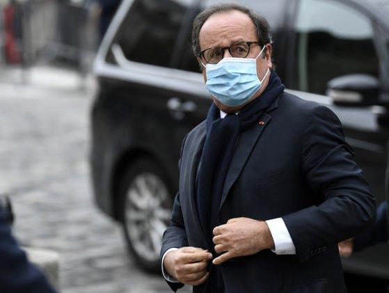 François Hollande, fostul preşedinte al Franţei, sugerează că Turcia ar trebui exclusă din NATO