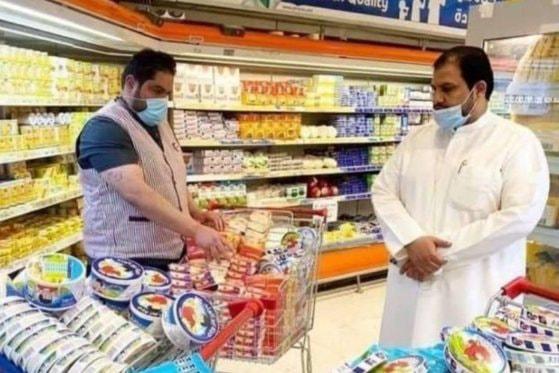 Magazinele din Kuwait retrag produsele franceze de pe rafturi. Un noul val de reacţii la declaraţiile preşedintelui Macron, împotriva islamismului radical