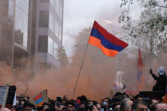 Tensiunile dintre Turcia şi Armenia au ajuns până în Franţa. Noi ciocniri între armeni şi turci, pe străzile din Hexagon. O persoană a fost lovită cu ciocanul