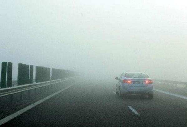 ANM a emis o avertizare cod galben de ceaţă în 11 judeţe din sudul şi centrul ţării, joi seara