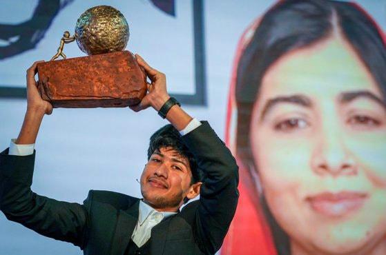 Aplicaţia anti-cyberbullying i-a adus premiul Internaţional pentru Pace al Copiiilor