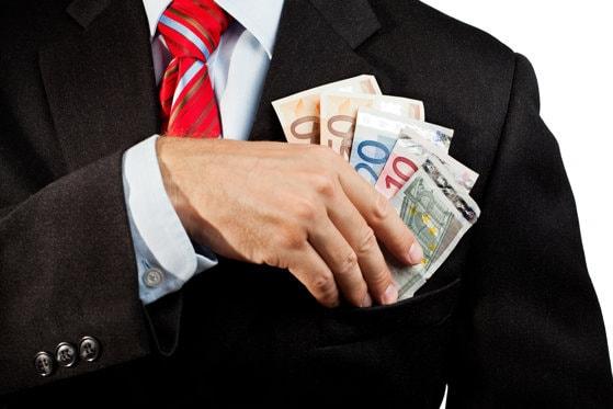 CEZ a identificat o fraudă online, prin care clienţii sunt îndrumaţi să achite facturile în alt cont