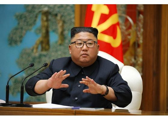 Coreea de Nord construieşte două submarine, inclusiv unul cu sisteme balistice. Anunţul unui deputat sud-coreean