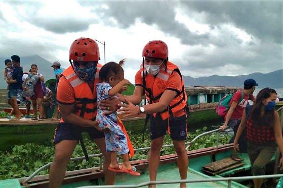Filipine a ordonat evacuarea a mii de oameni în pregătirea Taifunului  Goni: cel mai puternic din lume în 2020