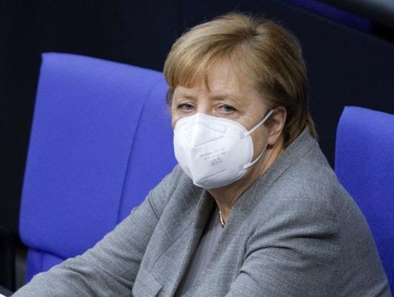 Merkel transmite condoleanţe pentru victimele incendiului de la Piatra Neamţ