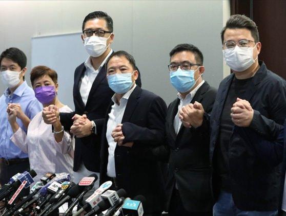 Şapte deputaţi ai opoziţiei au fost arestaţi preventiv în Hong Kong