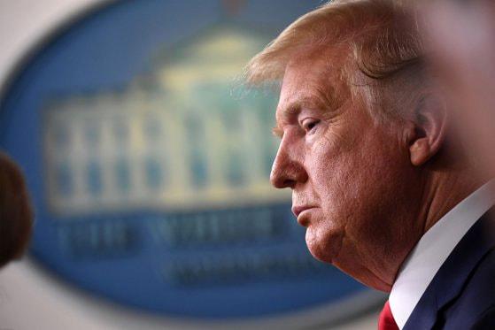 Wall Street îl abandonează pe Trump în favoarea lui Biden