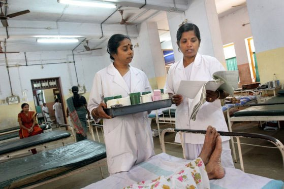 O boală misterioasă face ravagii în India. Sute de oameni au ajuns în spital