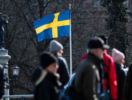 Expatriaţii consumă mai mult alcool cu cât petrec mai mult timp în Suedia
