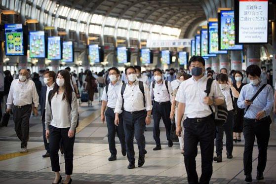 Japonia investeşte în dating. Câte milioane de dolari vor fi redirecţionaţi către o aplicaţie matrimonială