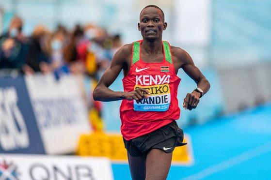 Nou record mondial la semimaraton: kenyanul Kibiwott Kandie, primul atlet ce a reuşit să coboare sub 58 de minute