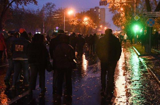 Proteste masive la Erevan faţă de termenii acordului de pace din Nagorno-Karabah