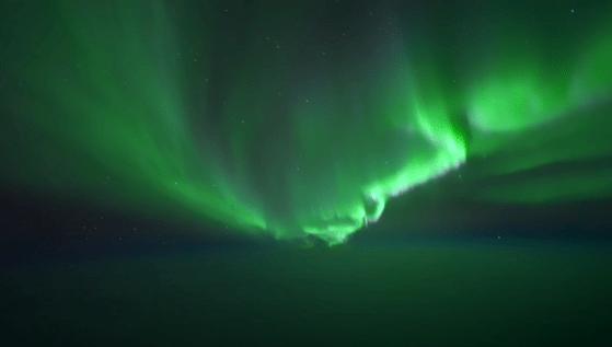 Aurora boreală în toată splendoarea sa. Spectacolul naturii, surprins video