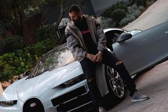 Ce maşini se află în garajul lui Karim Benzema. Ultima achiziţie a sportivului e un Bugatti Chiron Noire