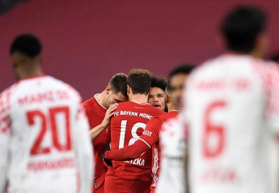 Meci spectaculos la Munchen. Bayern a revenit după pauză şi a înscris de cinci ori