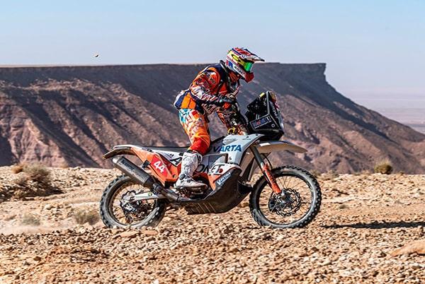 Românul Emanuel Gyenes rămâne lider la Malle Moto, cea mai dură probă de la Raliul Dakar