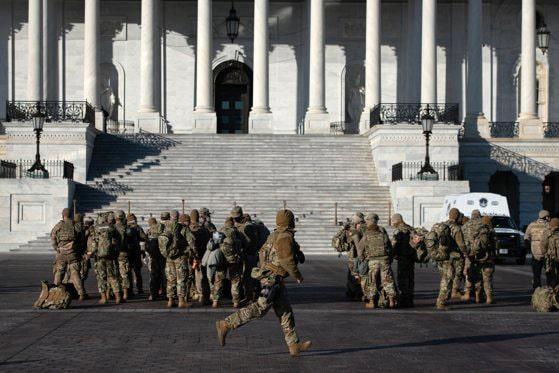 Stare de asediu în SUA. Garda Naţională a fost convocată în Washington DC