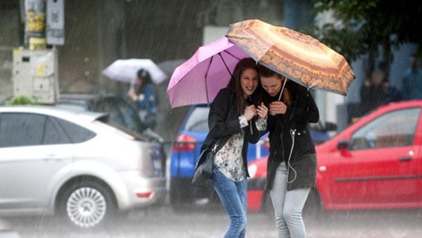 Vremea în Bucureşti. Prognoză METEO specială: Ploi, vânt şi temperaturi ridicate