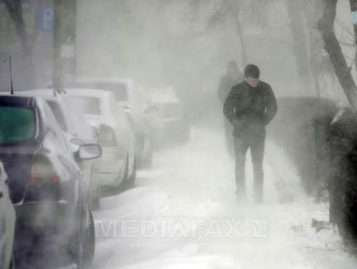 ALERTĂ METEO. ANM a emis avertizare Cod galben de ploi, ninsori şi viscol în 17 judeţe