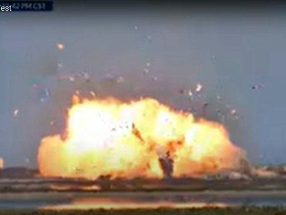 Un nou prototip de rachetă SpaceX a explodat. Este al doilea accident de acest gen