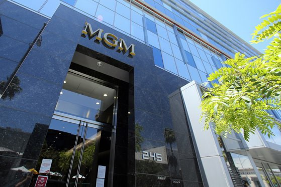 Amazon a cumpărat studiourile MGM, a doua cea mai importantă achiziţiei a companiei. Ce sumă a plătit