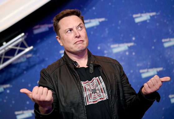 Bitcoin scade la minimul pe 3 luni, volatilitate după tweet-urile lui Elon Musk