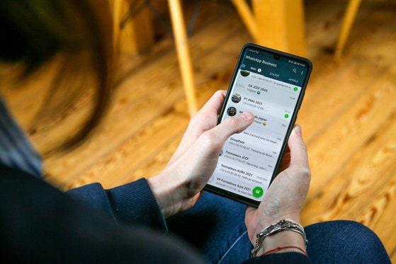 Signal creşte în mare viteză. Aplicaţia, susţinută de Elon Musk, concurează cu WhatsApp şi Telegram