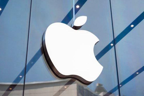 Apple colaborează cu furnizori chinezi pentru noile iPhone-uri