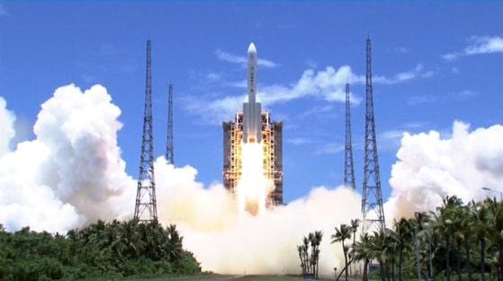 China lansează prima misiune spaţială cu echipaj după cinci ani. Când va fi lansată nava
