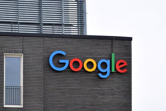 Google primeşte o amendă de jumătate de miliard de euro în Franţa. Amenzile primite de companie se înmulţesc
