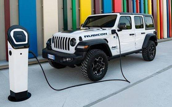 Jeep-ul a împlinit 80 de ani. Cum s-a născut şi cum a evoluat celebrul brand american