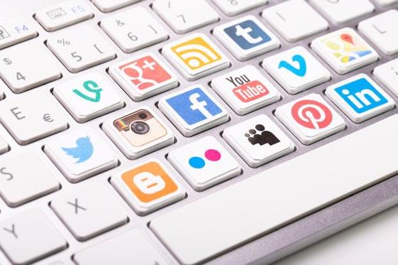 Facebook, Instagram, WhatsApp şi Facebook Messenger au picat. Aplicaţiile de socializare au fost blocate în întreaga lume
