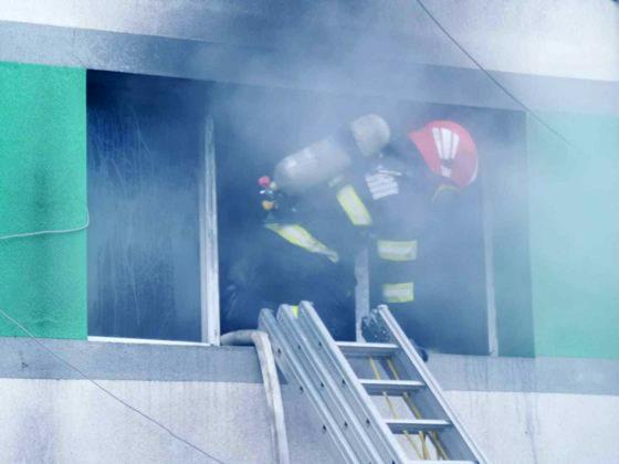 Secţia ATI de la Spitalul de Boli Infecţioase Constanţa a luat foc. Haos la raportarea deceselor. DSU spune că 9 persoane au murit, procurorul de caz 7